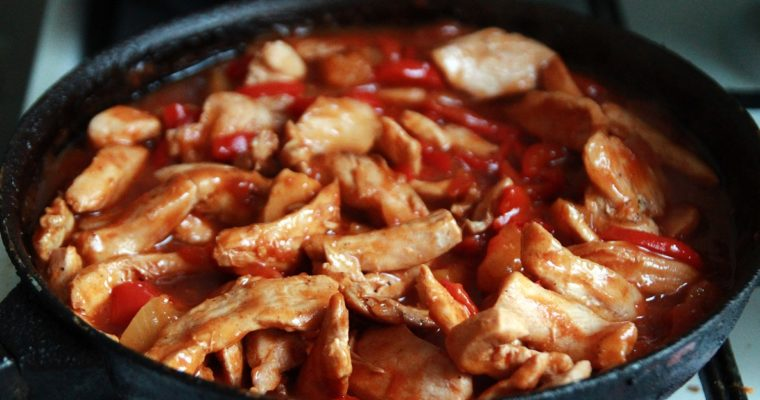 Chinese chicken in sweet and sour sauce