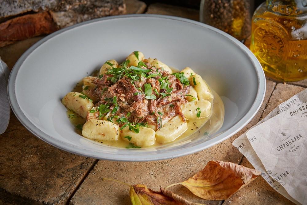 Potato gnocchi with stewed duck