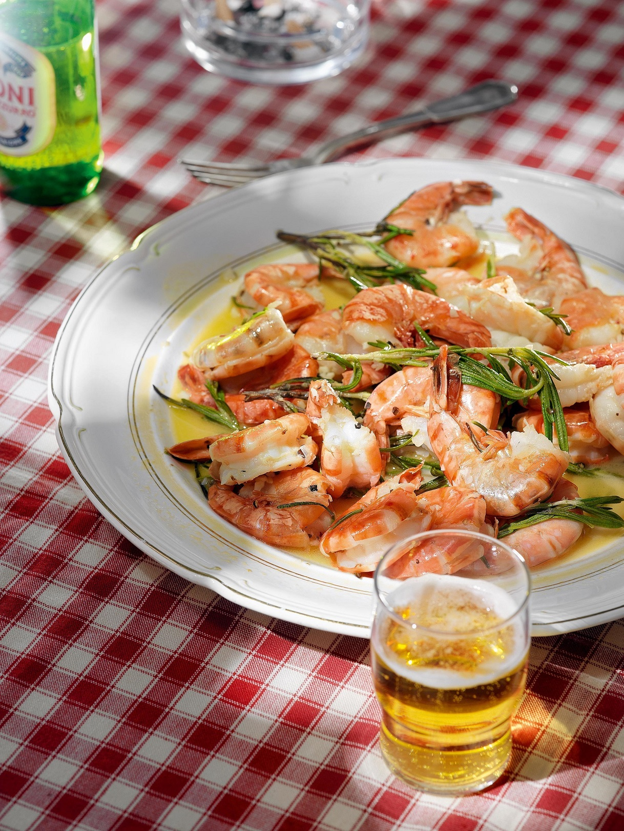 Shrimps in rosemary
