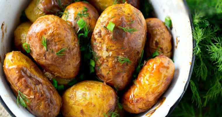 New potatoes with peel baked in the oven