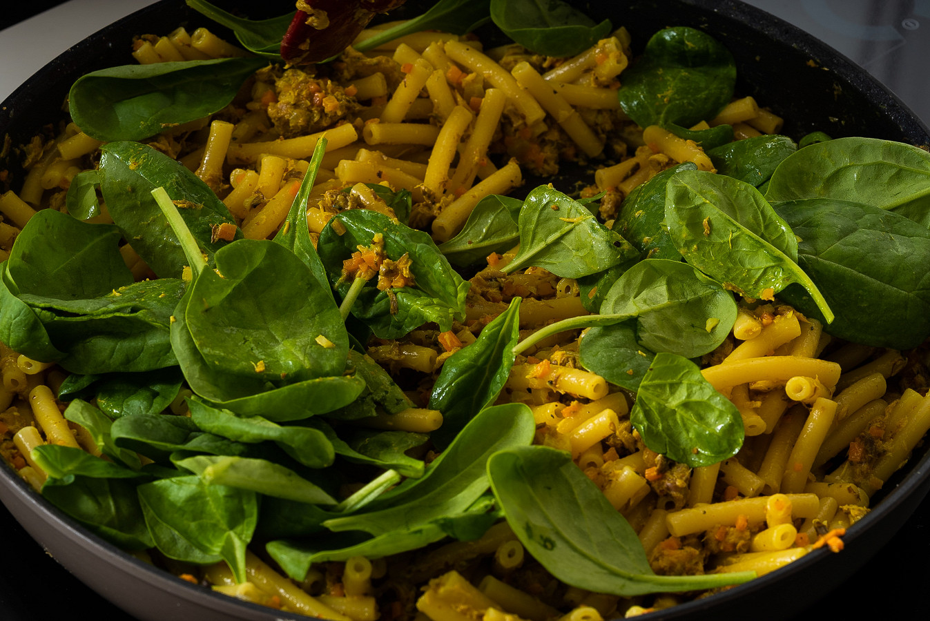 canned mackerel and spinach curry pasta recipe