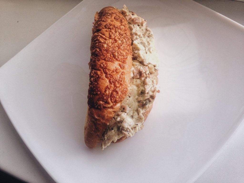 Croissants with omelet à la Agnes Sorel