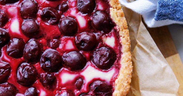 Tyrolean cherry pie