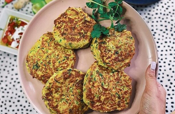 Courgette and Halloumi burgers