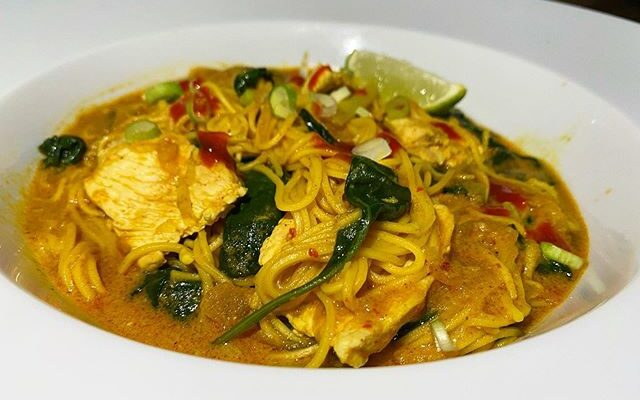 Chicken & Coconut Laksa