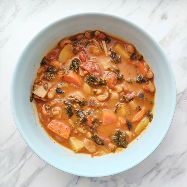 Tuscan Bean & Vegetable Soup