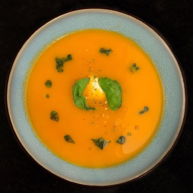 Home made tomato soup
