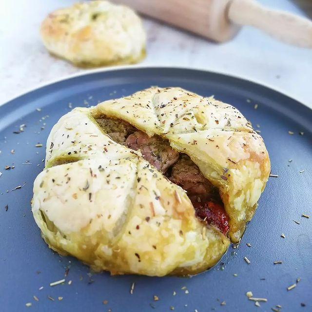 Veal, Sundried Tomato And Pesto Puff Pastry